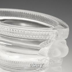A Cristal Lalique'Saint Marc' Clear and Frosted Vase