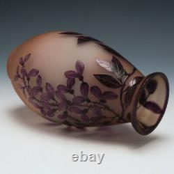 An Enamelled Cameo Vase Val Et Compagnie c1920