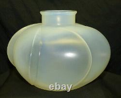 Antique Art Deco Signed Rene R Lalique Perigord Art Glass Vase France