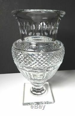 Baccarat Crystal MUSEE DES CRISTALLERIES 8 3/4 Vase
