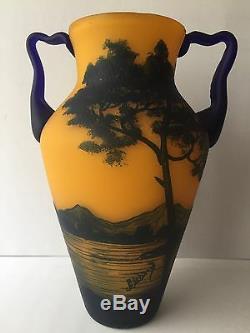 Beautiful Richard Loetz Cameo Glass Vase Castle And Lake Landscape 7