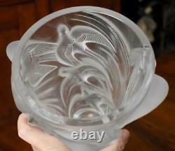 Breathtaking Vintage Lalique Crystal France Lrg Martinets Frosted Art Glass Vase