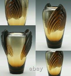 LALIQUE Marrakech Vintage Sculptural Artglass Vase