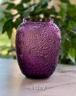 Lalique Biches Vase in Amethyst Crystal Excellent Condition Signed & Authentic