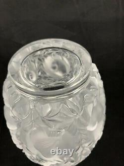 Lalique France Crystal BAGATELLE SPARROW BIRDS VASE