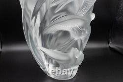 Lalique France Crystal Martinets Sparrow Bird Vase 9 3/4 H Frosted Glass