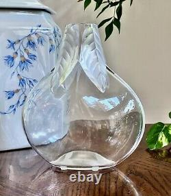 Lalique French Crystal Osumi Vase MINT signed 7.5 Tall
