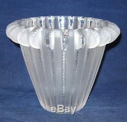Lalique Royat Vase