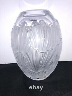 Lalique Vase France Crystal Florero Sandrift Vase with Box & Paper Work Signed
