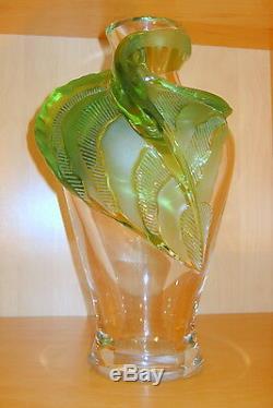 Lalique Vintage Tenaga Vase