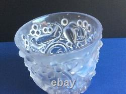 Rare. R. Lalique France Avallon Frosted birds in grapes and vines motif Vase