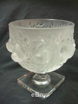 Signed Lalique French Crystal Art Deco Birds Vase, Elizabeth Pattern. No Reserve