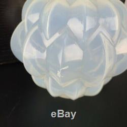 Signed Rene Lalique Nivernais Art Deco Opalescent Glass Vase No 1005 Circa 1927
