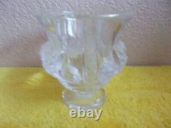 Vintage Pre-owned Lalique Dampierre Vase #12230 Birds and Vines